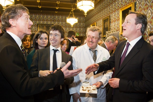 PM-and-Rory-Stewart-MP-with-Suppliers-624x415